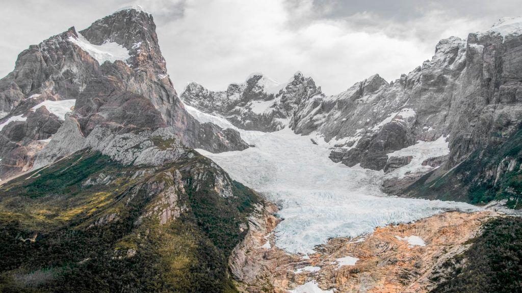 Navegación al glaciar Balmaceda y Serrano